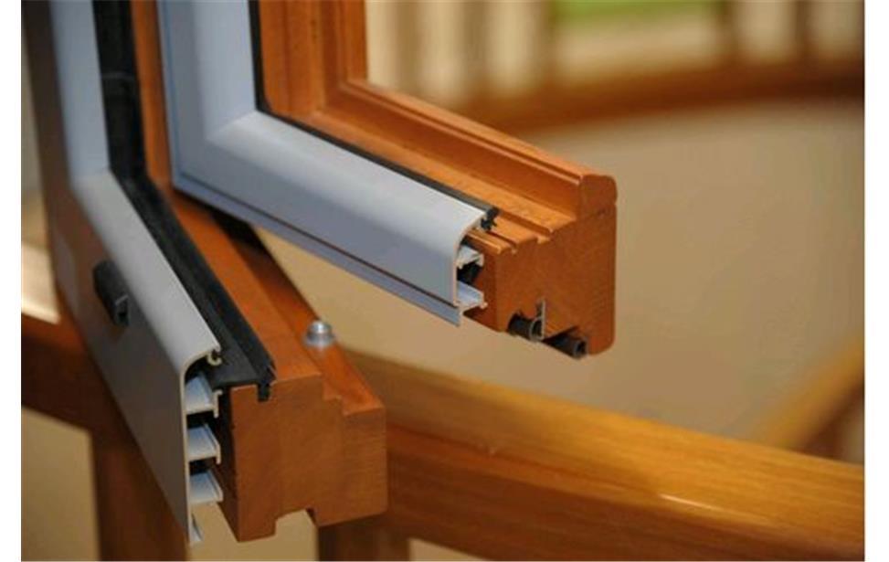Serramenti in legno-alluminio: ideali per casa, hotellerie e per edifici pubblici e commerciali