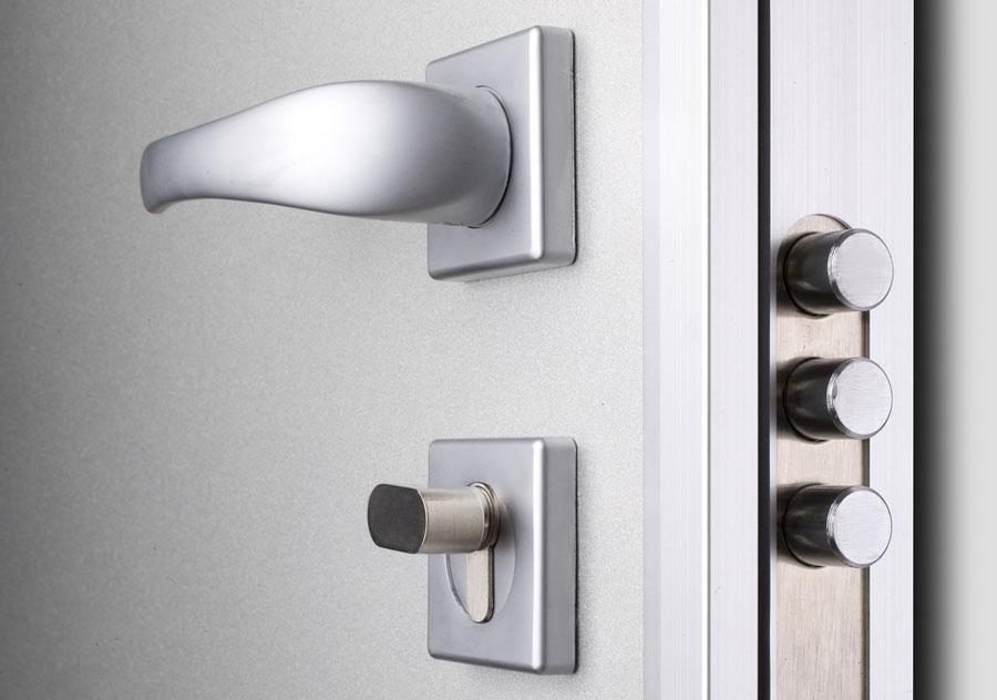 Porte blindate: scure o chiare?